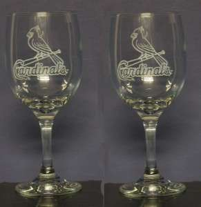 SET OF ETCHED ST.LOUIS CARDINALS WINE DRINKING GLASSES