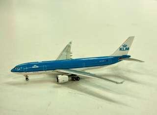 KLM A330 200 (Phoenix 1:400)