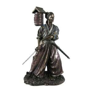 Kenjutsu Samurai Warrior Statue Figurine Martial Arts Home & Kitchen