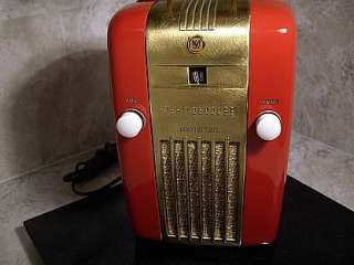 Antique Radio, Tube Refrigerator Radio, Art DECO