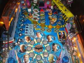 BATMAN DARK KNIGHT PINBALL MACHINE BY STERN   HEATH LEDGER   DC COMICS