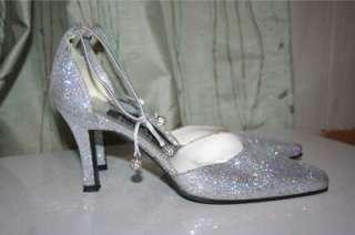 Stuart Weitzman Gorgeous Silver Sparkle Shoes Heels 7.5