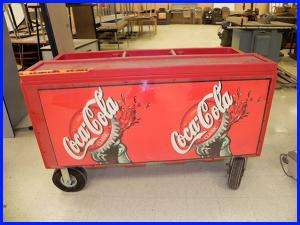 Rubbermaid 4 Wheel Ice Chest On Popscreen