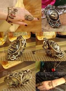 Retro Vintage Bronze Crystal Leopard Carved Hollow Flower Ring