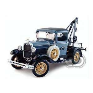1931 Ford Model A Tow Truck 1/18 Blue Toys & Games