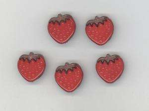 strawberry NOVELTY BUTTONS   SEWING QUILTING CRAFT