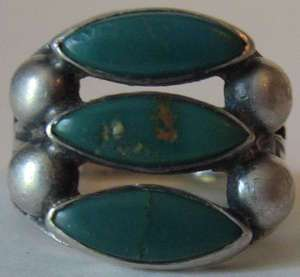 VINTAGE NAVAJO INDIAN STERLING SILVER GREEN TURQUOISE RING
