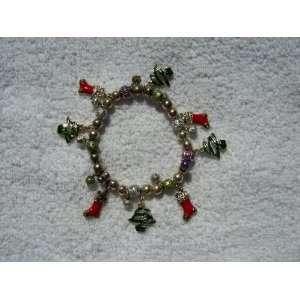Dangling Charm Bracelet (Stretchy) w/8 Charms