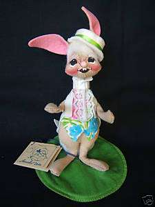 Vintage but NEW 91 ANNALEE 7 EASTER PARADE BOY BUNNY