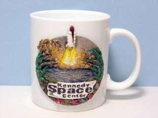 CERAMIC COFFEE MUG   KENNEDY SPACE CENTER PEWTER CREST