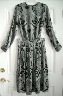 JONES NEW YORK DRESS BLACK AND WHITE PAISLEY SKIRT SET SIZE 10
