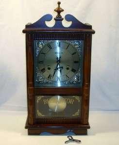 Wang Ja Wangja Korean 31 Day Mechanical Wall Clock w/Key Works Great