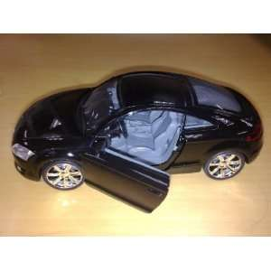 Uni Fortune 1:32 Audi TT 2008 Diecast Car in Color Black: Toys & Games
