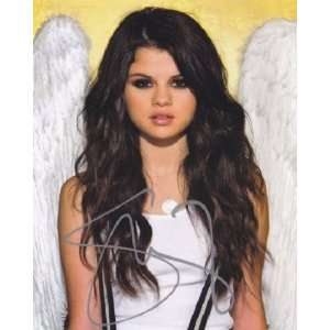 Disney Star Selena Gomez Angel When the Sun Goes Down Signed Autograph