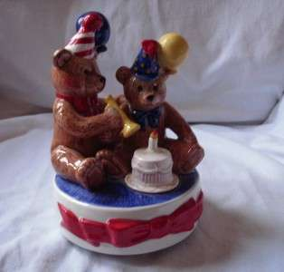 1993 Schmid Teddy Bears Picnic Music Box SRI Lanka
