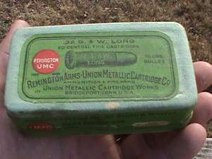 EMPTY ANTIQUE REMINGTON UMC 32 S. & W. LONG BLACK POWDER CARTRIDGE BOX