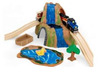 Farm Train Set Play Toy Train with Wood Track Set NEW 17827 |