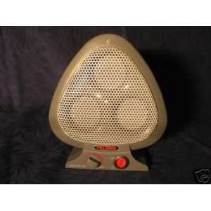 Pelonis 1100 Disc Furnace Ceramic Electric Heater, Portable, Brand New
